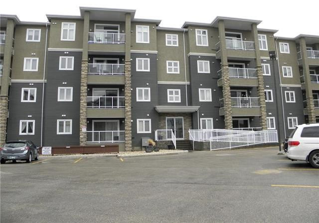 Main Photo: 103 1143 St Anne's Road in Winnipeg: River Park South Condominium for sale (2F)  : MLS®# 1911252