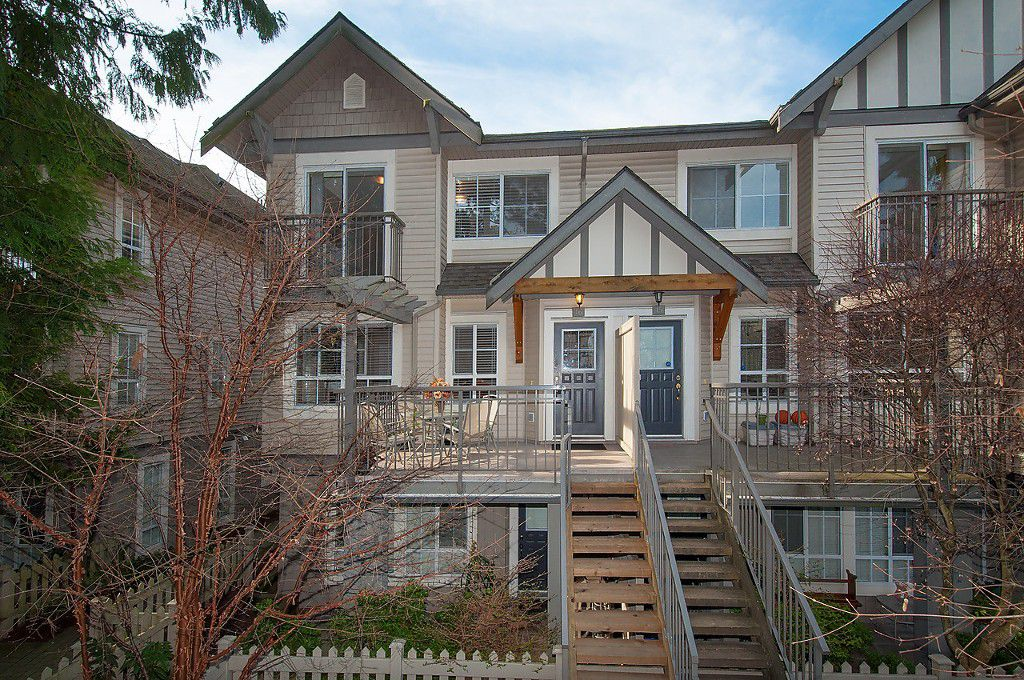"""Main Photo: 16 7503 18TH Street in Burnaby: Edmonds BE Townhouse for sale in """"SOUTHBOROUGH"""" (Burnaby East)  : MLS®# V1110000"""