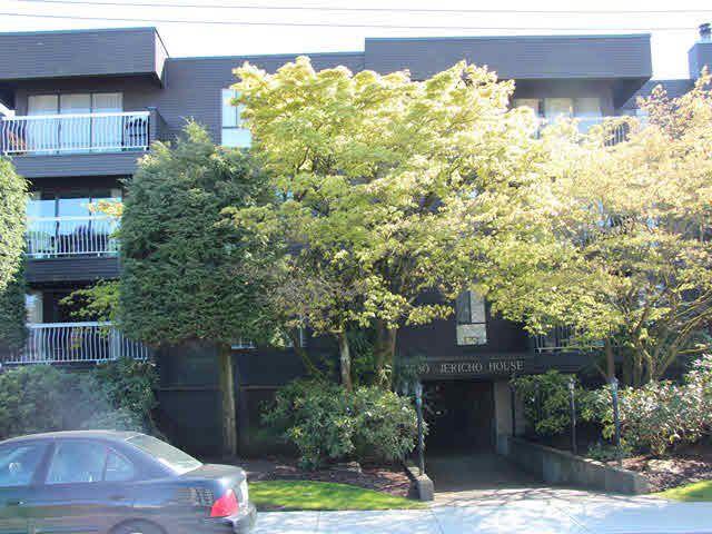 "Main Photo: 306 3680 W 7TH Avenue in Vancouver: Kitsilano Condo for sale in ""JERICHO HOUSE"" (Vancouver West)  : MLS®# V1117476"