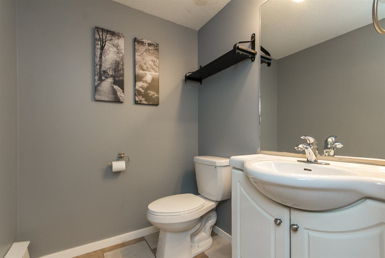 """Photo 18: Photos: 39 36060 OLD YALE Road in Abbotsford: Abbotsford East Townhouse for sale in """"Mountain View Village"""" : MLS®# R2103042"""