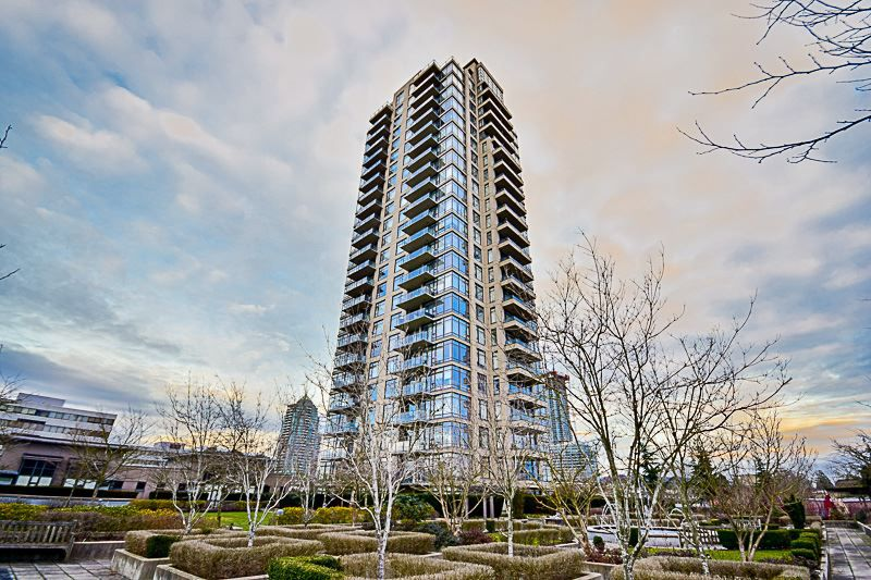 Main Photo: 1004 4250 DAWSON Street in Burnaby: Brentwood Park Condo for sale (Burnaby North)  : MLS®# R2132918