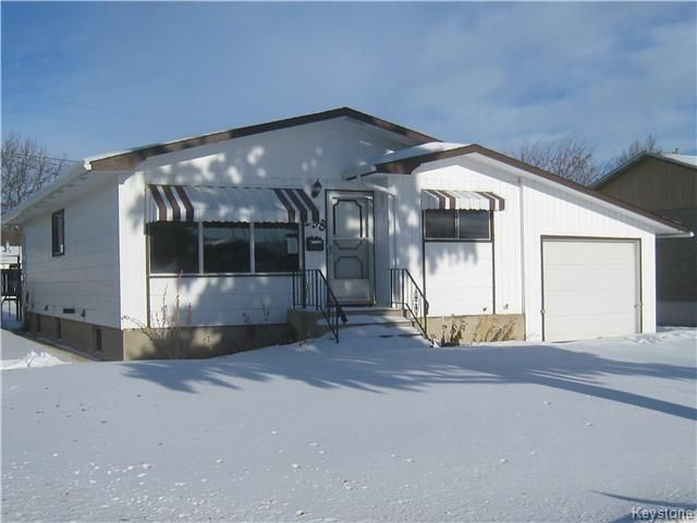 Main Photo: 238 Edgar Avenue in Dauphin: Northeast Residential for sale (R30 - Dauphin and Area)  : MLS®# 1730911