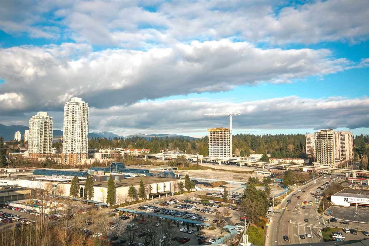 Main Photo: 1706 9521 CARDSTON Court in Burnaby: Government Road Condo for sale (Burnaby North)  : MLS®# R2244394