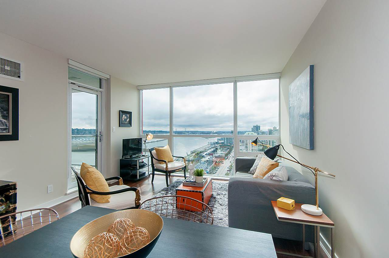 """Main Photo: 1905 125 COLUMBIA Street in New Westminster: Downtown NW Condo for sale in """"NORTHBANK"""" : MLS®# R2255130"""