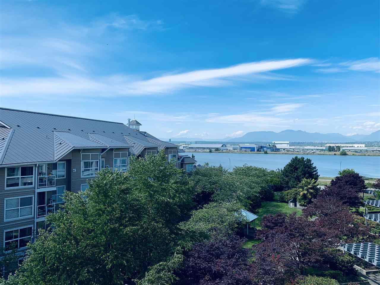 """Main Photo: 502 5860 DOVER Crescent in Richmond: Riverdale RI Condo for sale in """"LIGHTHOUSE PLACE"""" : MLS®# R2351656"""