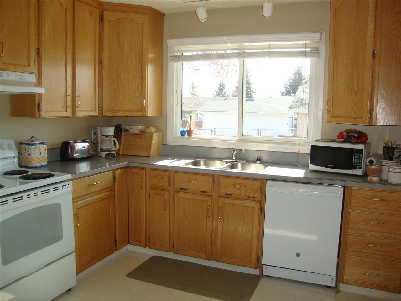 Photo 13: Photos: 4711 51A Avenue: Bon Accord House for sale : MLS®# E4149195