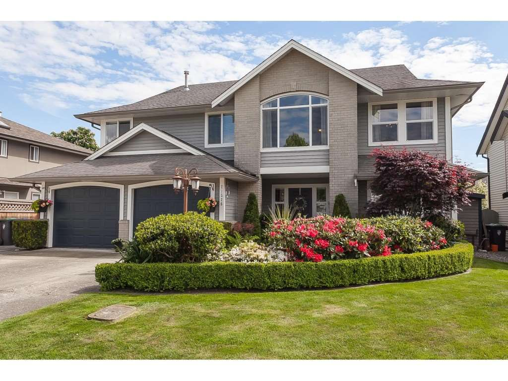 Main Photo: 21526 50 Avenue in Langley: Murrayville House for sale : MLS®# R2372598