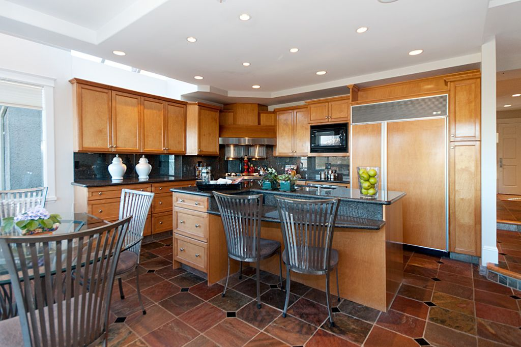 Photo 10: Photos: 3743 W 13TH Avenue in Vancouver: Point Grey House for sale (Vancouver West)  : MLS®# V872146
