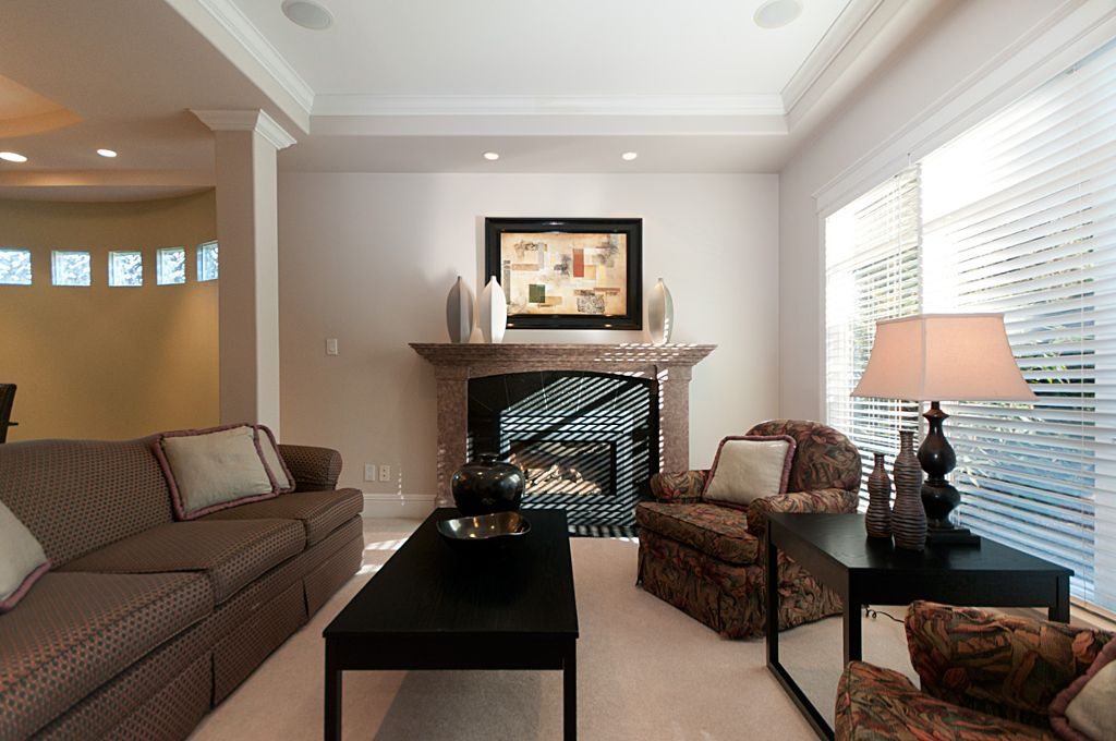 Photo 4: Photos: 3743 W 13TH Avenue in Vancouver: Point Grey House for sale (Vancouver West)  : MLS®# V872146