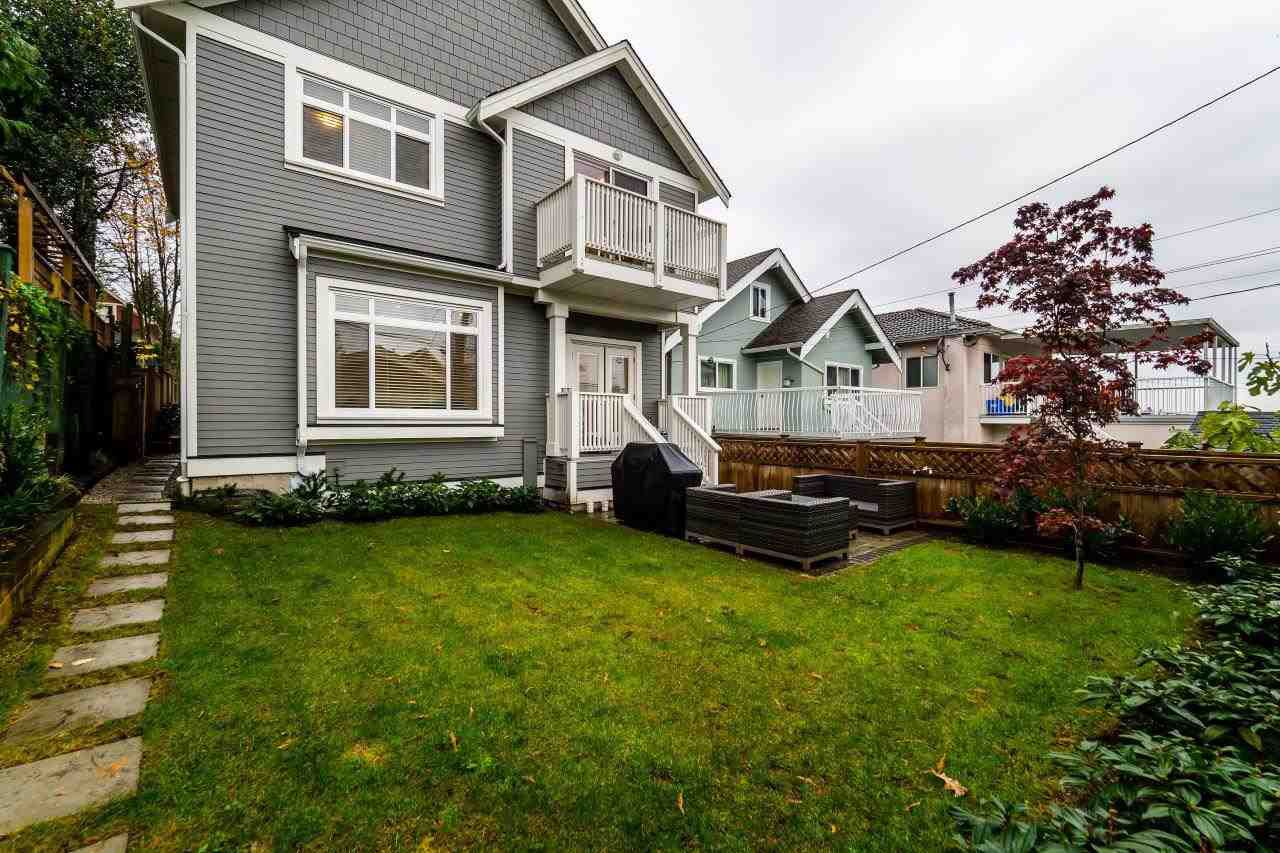 Main Photo: 1969 E 5TH Avenue in Vancouver: Victoria VE House 1/2 Duplex for sale (Vancouver East)  : MLS®# R2119923