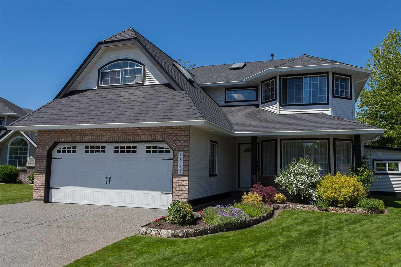 Main Photo: 22091 46A Avenue in Langley: Murrayville House for sale : MLS®# R2169597