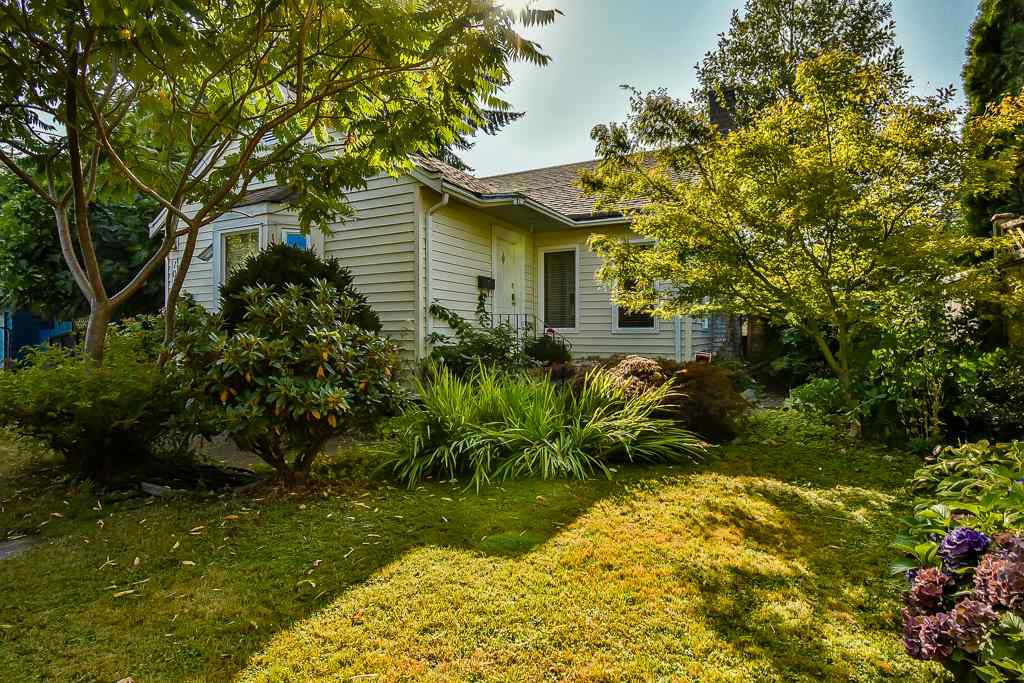 Main Photo: 10333 141 Street in Surrey: Whalley House for sale (North Surrey)  : MLS®# R2202598
