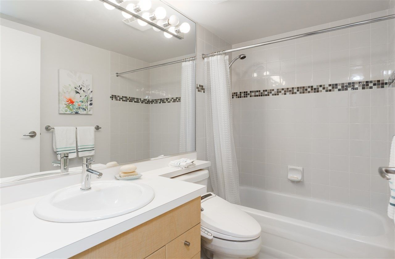 Photo 16: Photos: 1705 1009 EXPO BOULEVARD in Vancouver: Yaletown Condo for sale (Vancouver West)  : MLS®# R2226724