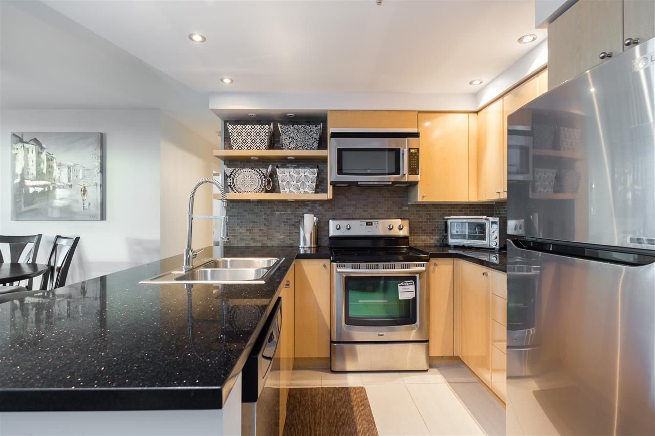 Photo 9: Photos: 1705 1009 EXPO BOULEVARD in Vancouver: Yaletown Condo for sale (Vancouver West)  : MLS®# R2226724