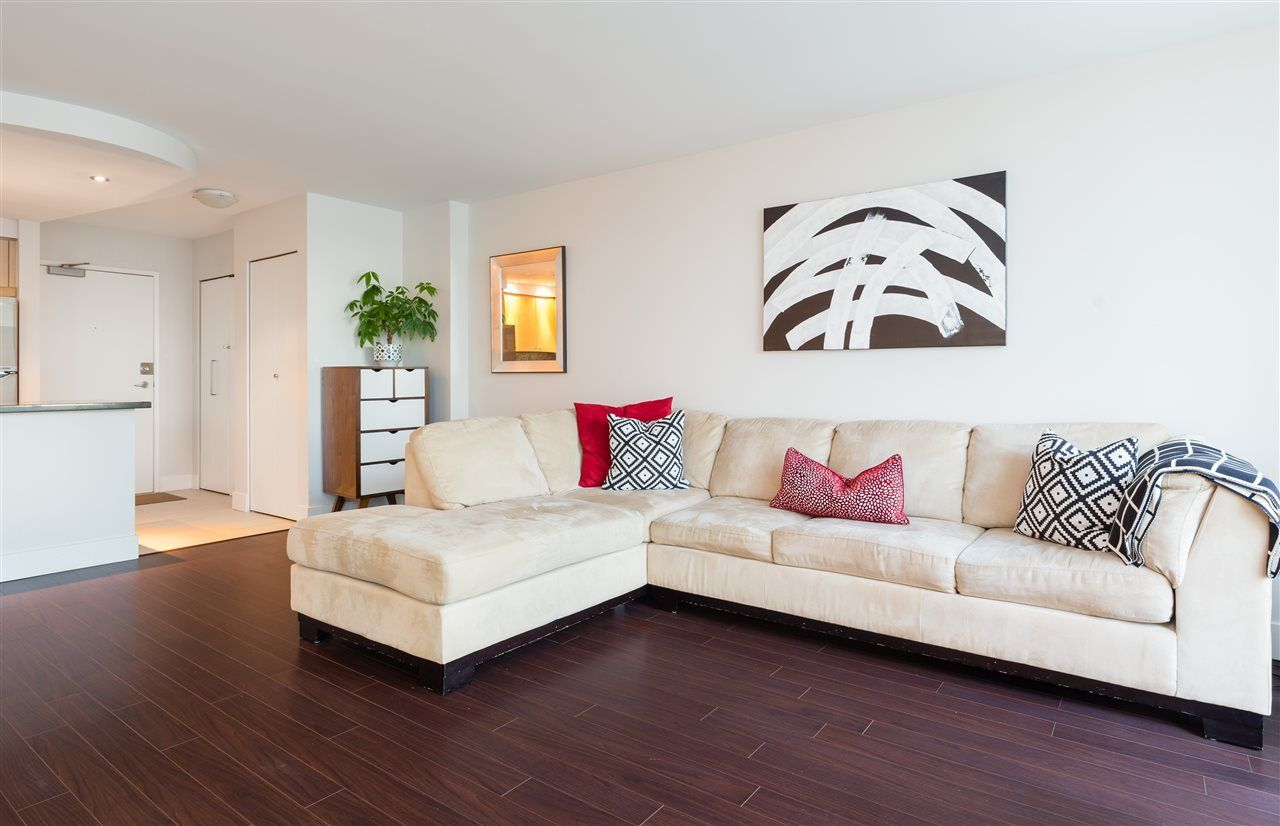 Photo 4: Photos: 1705 1009 EXPO BOULEVARD in Vancouver: Yaletown Condo for sale (Vancouver West)  : MLS®# R2226724