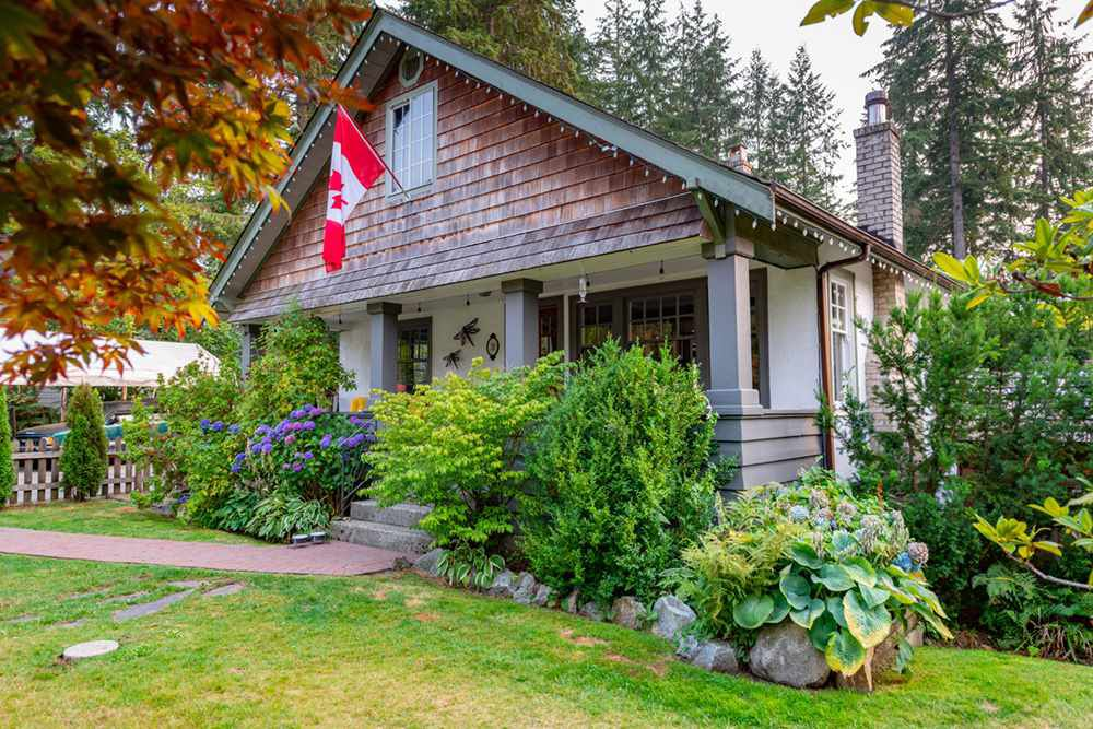 Main Photo: 10 BIRCH Wynd: Anmore House for sale (Port Moody)  : MLS®# R2297049