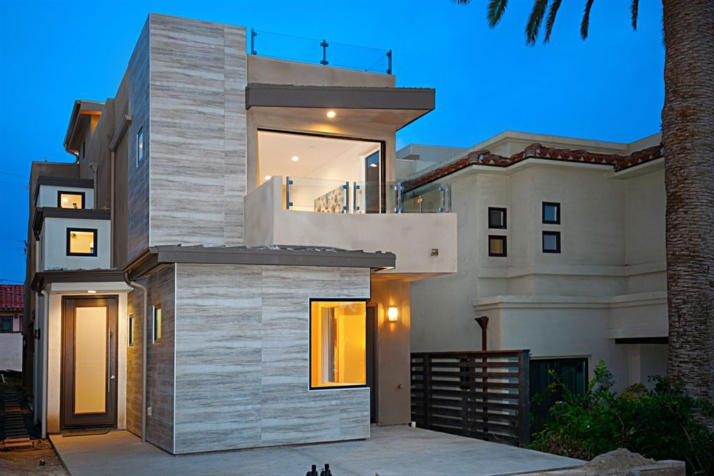 Main Photo: LA JOLLA House for sale : 3 bedrooms : 253 Kolmar St