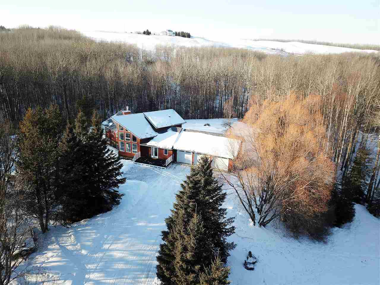 Main Photo: 33 53424 RGE RD 13: Rural Parkland County House for sale : MLS®# E4142826