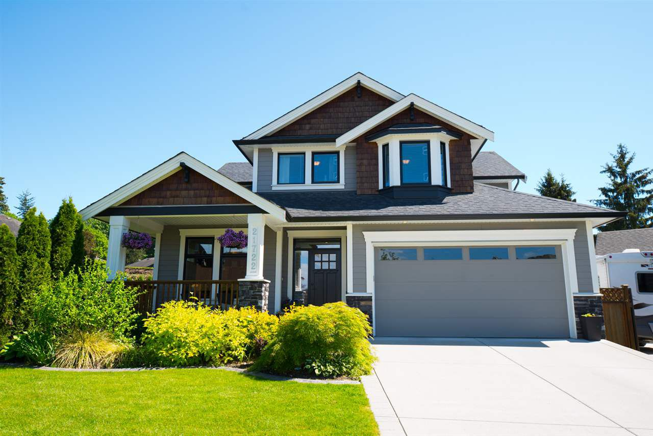 """Main Photo: 21722 49A Avenue in Langley: Murrayville House for sale in """"Murrayville"""" : MLS®# R2341247"""