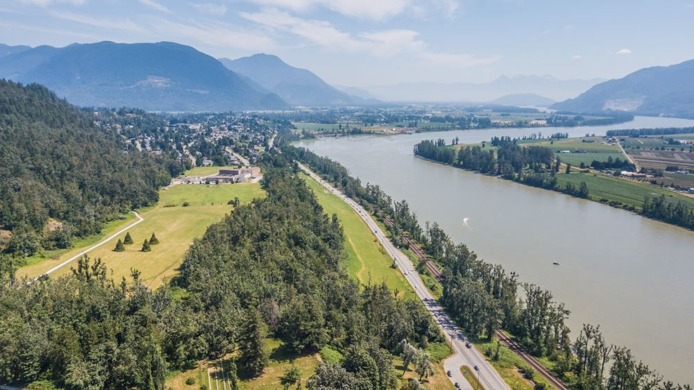 """Photo 19: Photos: B101 33755 7TH Avenue in Mission: Mission BC Condo for sale in """"THE MEWS"""" : MLS®# R2345242"""