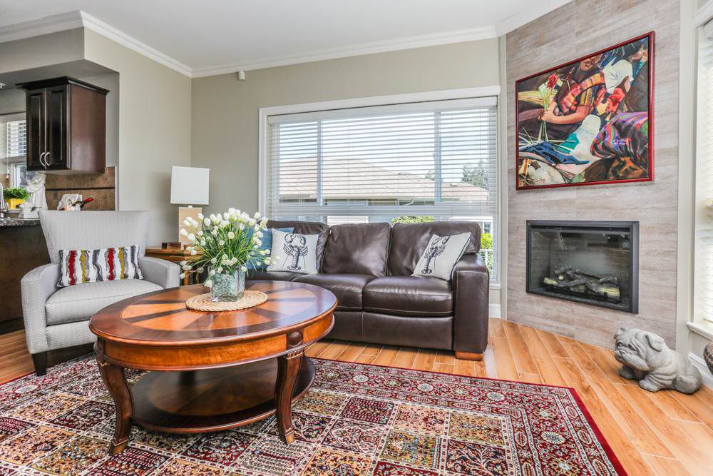 """Photo 3: Photos: B101 33755 7TH Avenue in Mission: Mission BC Condo for sale in """"THE MEWS"""" : MLS®# R2345242"""