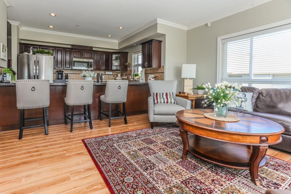 """Photo 4: Photos: B101 33755 7TH Avenue in Mission: Mission BC Condo for sale in """"THE MEWS"""" : MLS®# R2345242"""