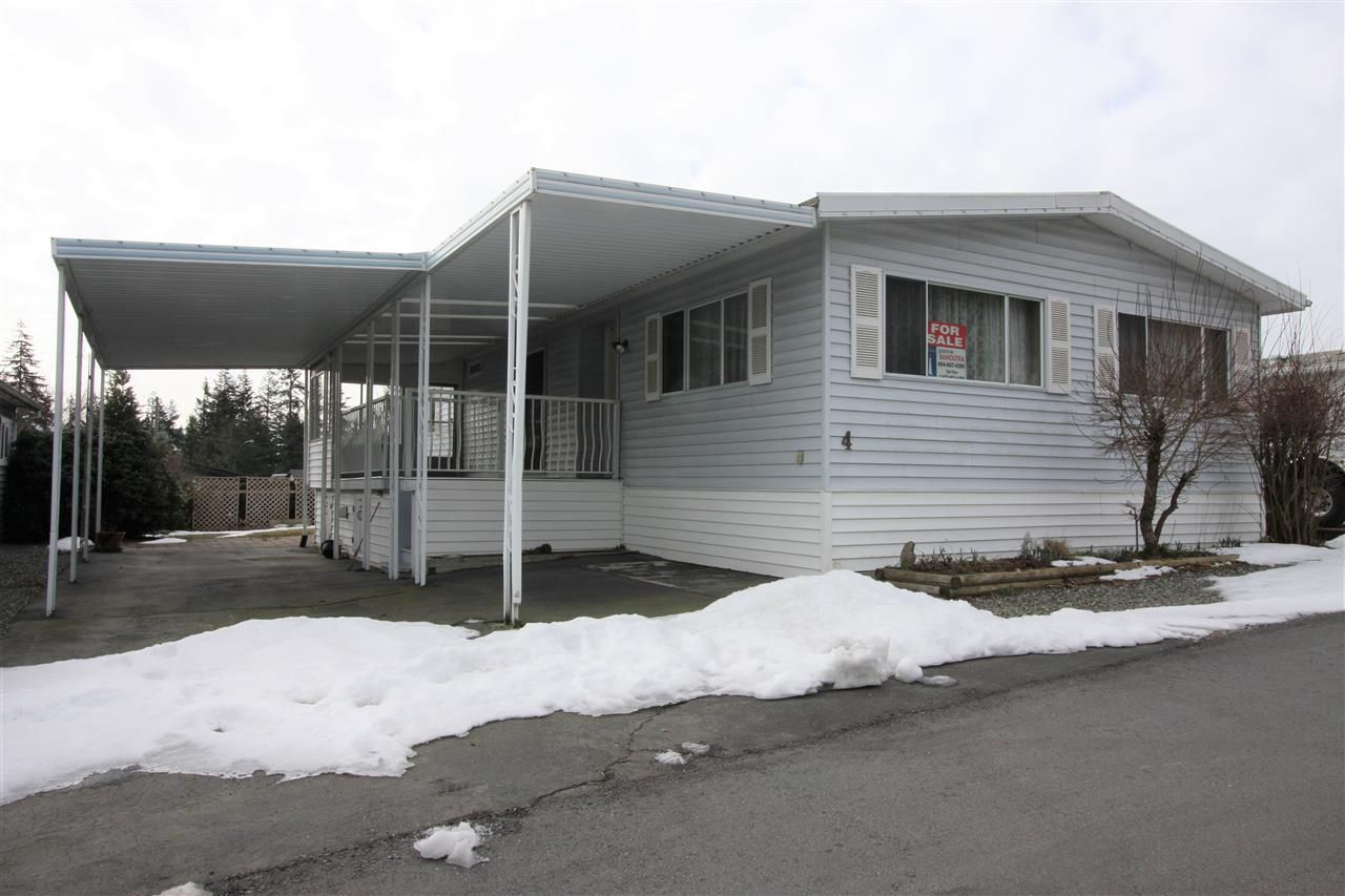 "Main Photo: 4 27111 0 Avenue in Langley: Aldergrove Langley Manufactured Home for sale in ""Pioneer Park"" : MLS®# R2345166"