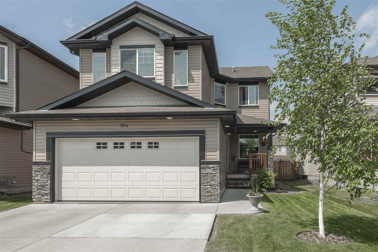 Main Photo: 1914 32A Street in Edmonton: Zone 30 House for sale : MLS®# E4160246