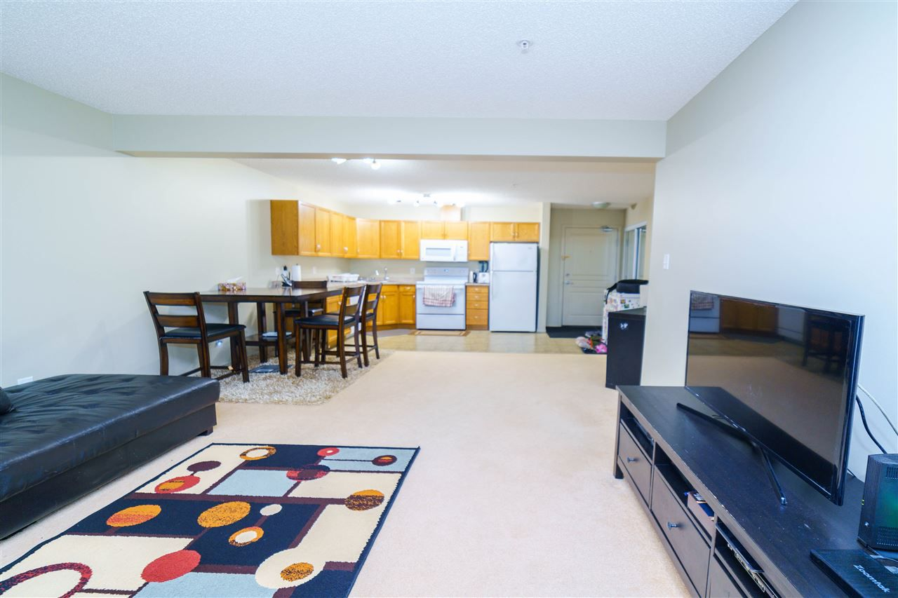 Main Photo: 104 309 Claireview Station Dr NW in Edmonton: Zone 35 Condo for sale : MLS®# E4163430
