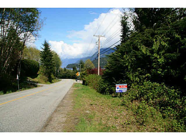 Main Photo: LOT 7 FAIRWAY AVENUE in Sechelt: Sechelt District Home for sale (Sunshine Coast)  : MLS®# V1060351