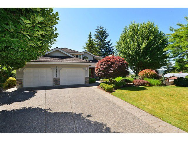 """Main Photo: 35102 PANORAMA Drive in Abbotsford: Abbotsford East House for sale in """"Everett Estates"""" : MLS®# F1424799"""