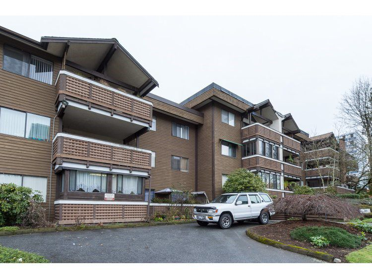 Main Photo: 206 545 SYDNEY Avenue in Coquitlam: Coquitlam West Condo for sale : MLS®# R2018606