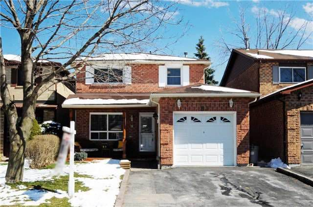 Main Photo: 87 Daniels Crest in Ajax: Central West House (2-Storey) for sale : MLS®# E3457444