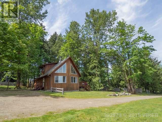 Main Photo: 5540 Takala Road in Ladysmith: House for sale : MLS®# 391973