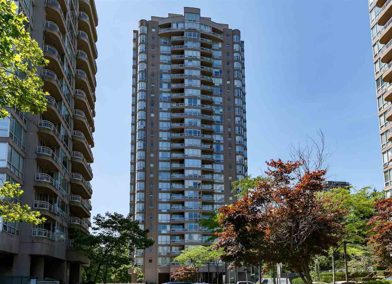 Main Photo: 2602 9603 MANCHESTER Drive in Burnaby: Cariboo Condo for sale (Burnaby North)  : MLS®# R2183185