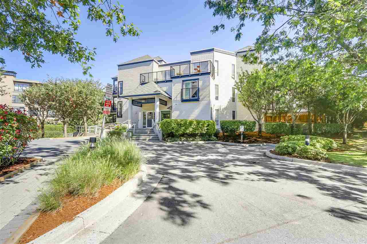 "Main Photo: 313 2401 HAWTHORNE Avenue in Port Coquitlam: Central Pt Coquitlam Condo for sale in ""STONEBROOK"" : MLS®# R2200446"