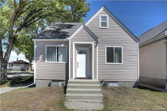 Main Photo: 231 Martin Avenue in Winnipeg: Elmwood Residential for sale (3A)  : MLS®# 1723134