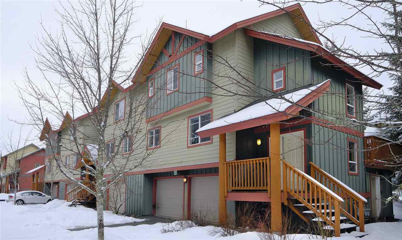 """Main Photo: 46 1450 VINE Road: Pemberton Townhouse for sale in """"PEAKS"""" : MLS®# R2237600"""