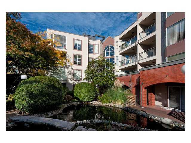 "Main Photo: 208 1738 ALBERNI Street in Vancouver: West End VW Condo  in ""ATRIUM ON THE PARK"" (Vancouver West)  : MLS®# V879698"