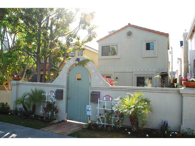 Main Photo: CORONADO VILLAGE Condo for sale : 2 bedrooms : 323 D Avenue in Coronado