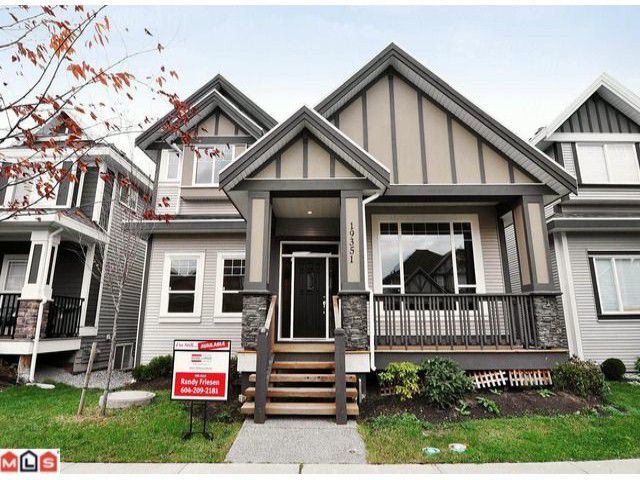 Main Photo: 19351 72A Avenue in Surrey: Clayton House for sale : MLS®# F1100094