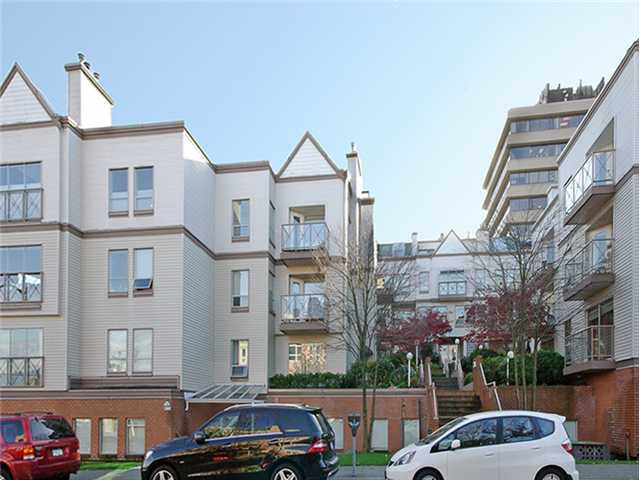 Main Photo: 101 910 W 8TH Avenue in Vancouver: Fairview VW Condo for sale (Vancouver West)  : MLS®# V983261