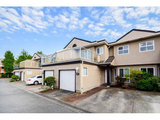 "Main Photo: 4 15875 84 Avenue in Surrey: Fleetwood Tynehead Townhouse for sale in ""ABBEY ROAD"" : MLS®# F1441481"