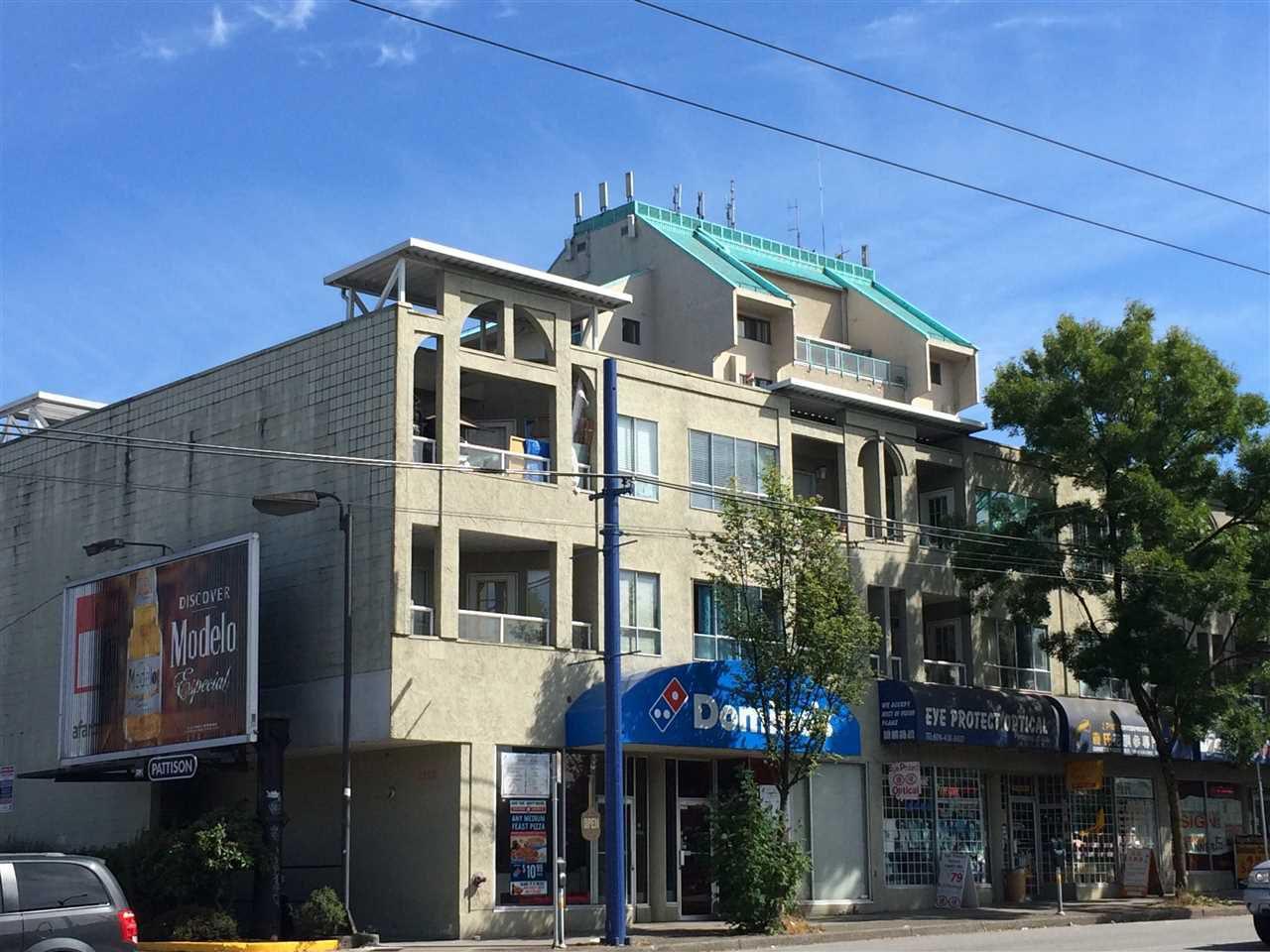 "Main Photo: 305 5520 JOYCE Street in Vancouver: Killarney VE Condo for sale in ""CAMFRAY GARDENS"" (Vancouver East)  : MLS®# R2023211"