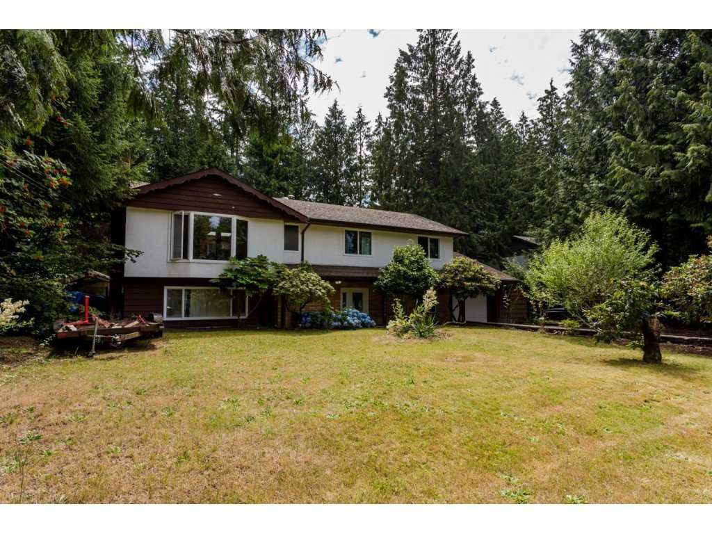 Main Photo: 19916 35A AVENUE in : Brookswood Langley House for sale : MLS®# R2089477