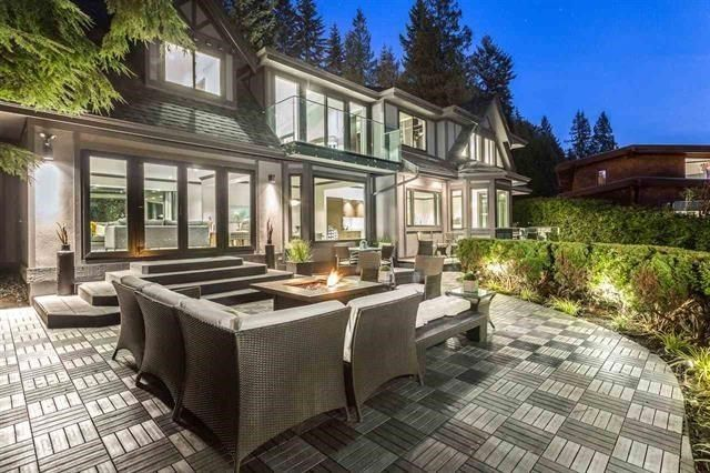 Main Photo: 3049 SPENCER Court in West Vancouver: Altamont House for sale : MLS®# R2143012