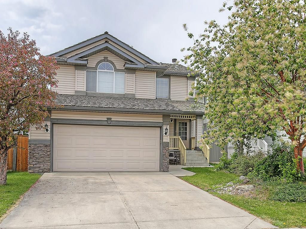 Main Photo: 78 DOUGLAS WOODS Gardens SE in Calgary: Douglasdale/Glen House for sale : MLS®# C4121688
