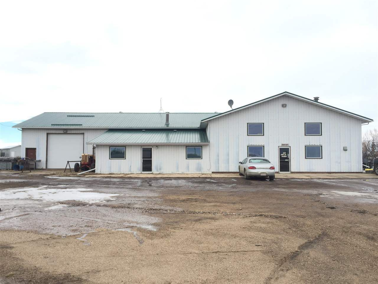 Main Photo: 60002 Range Road 252: Rural Westlock County Industrial for sale : MLS®# E4113588