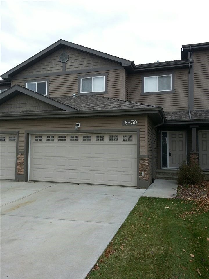 Main Photo: 6 30 OAK VISTA Drive: St. Albert Townhouse for sale : MLS®# E4124286