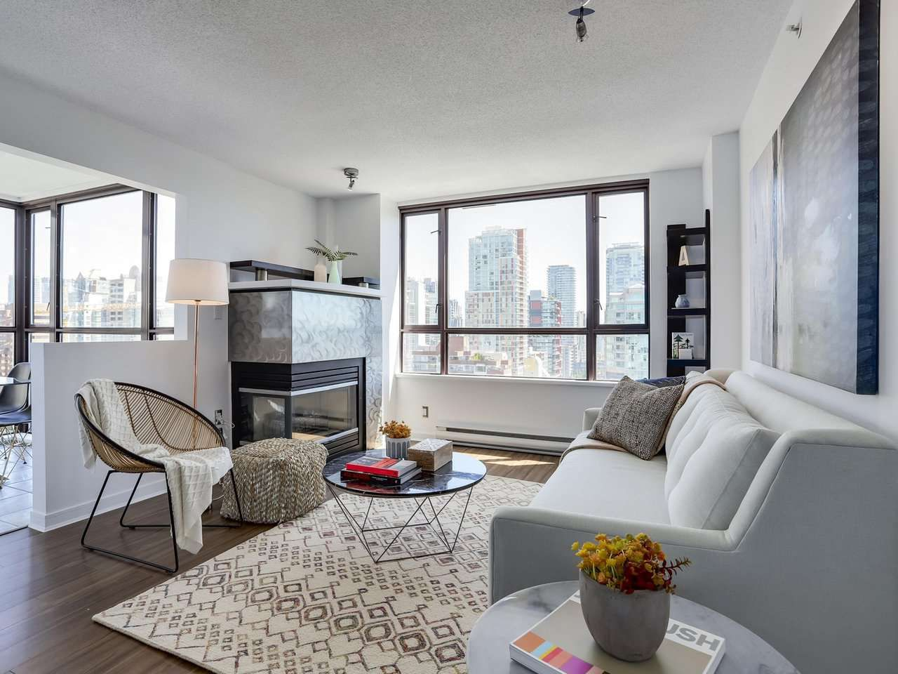 """Main Photo: 1708 1003 PACIFIC Street in Vancouver: West End VW Condo for sale in """"SEASTAR"""" (Vancouver West)  : MLS®# R2306531"""